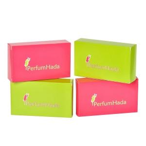 Caja PerfumHada Logo und